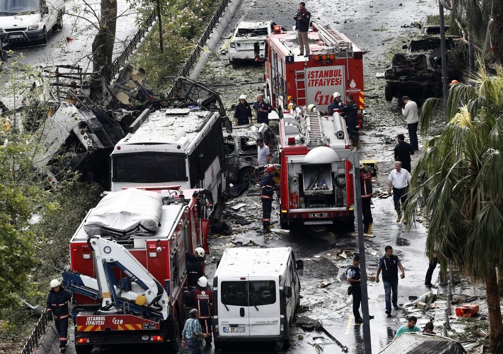 Foto Galeri: İstanbul'da Bombalı Saldırı galerisi resim 27