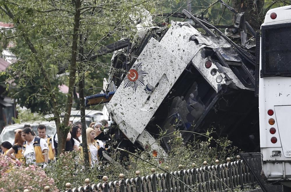 Foto Galeri: İstanbul'da Bombalı Saldırı galerisi resim 6