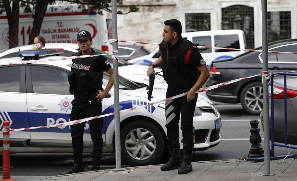 Foto Galeri: İstanbul'da Bombalı Saldırı galerisi resim 8