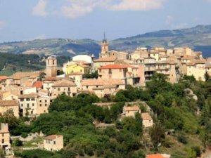 İtalya'nın bir köyünde 9 TL'ye ev sahibi olunuyor! Almak için