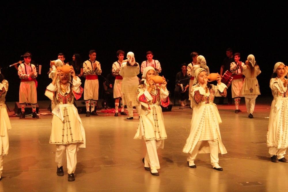 Mağusalı danscılar coşturdu galerisi resim 12