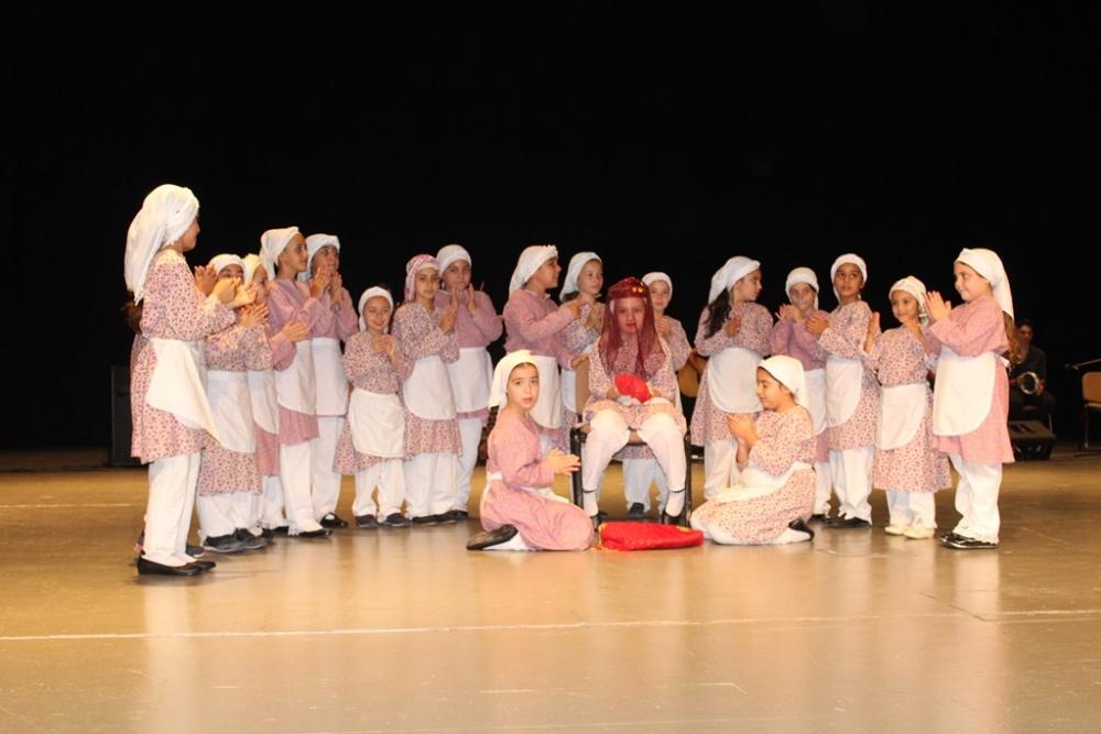 Mağusalı danscılar coşturdu galerisi resim 2