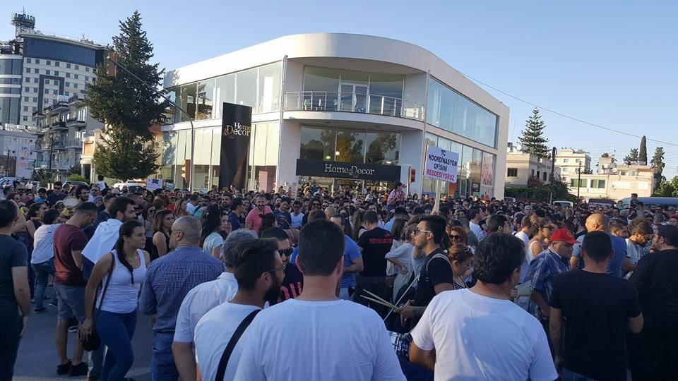 Yüzlerce Genç  Lefkoşa'da Koordinasyon Ofisini #Reddediyor galerisi resim 11