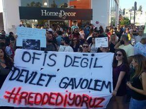 Yüzlerce Genç  Lefkoşa'da Koordinasyon Ofisini #Reddediyor