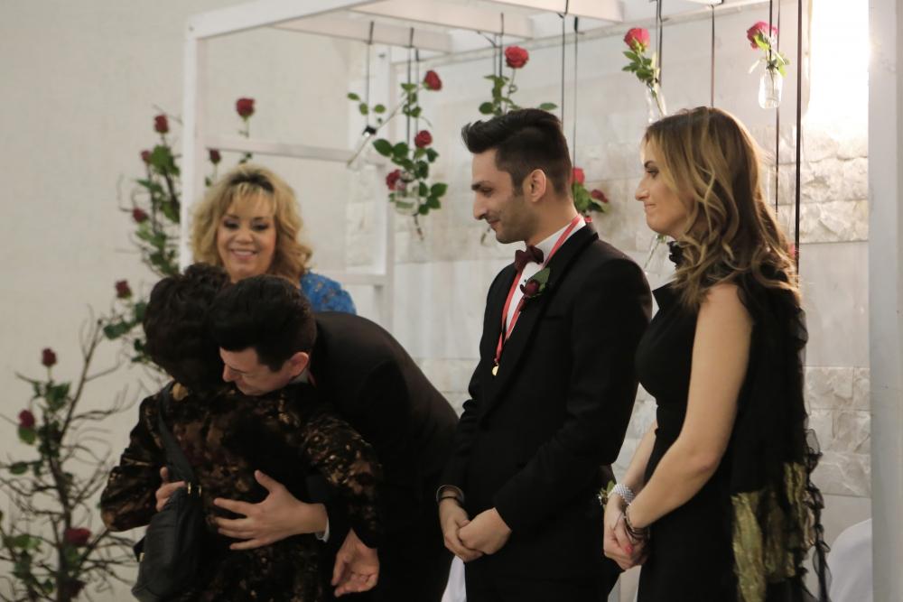 İşte Kıbrıs'ın ilk eşcinsel evliliğinden kareler galerisi resim 2