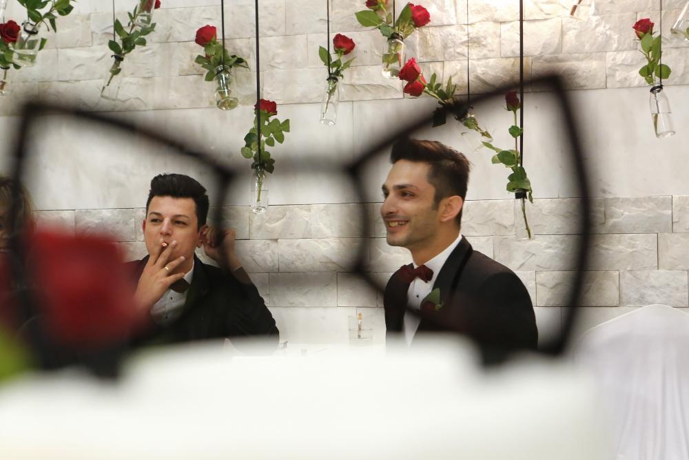 İşte Kıbrıs'ın ilk eşcinsel evliliğinden kareler galerisi resim 4