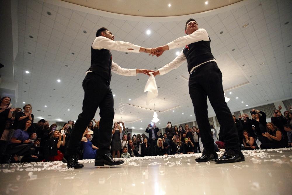 İşte Kıbrıs'ın ilk eşcinsel evliliğinden kareler galerisi resim 8