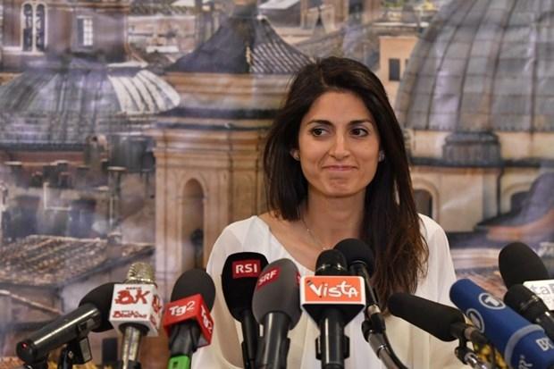 """Roma'ya """"beş yıldız""""lı belediye başkanı galerisi resim 16"""