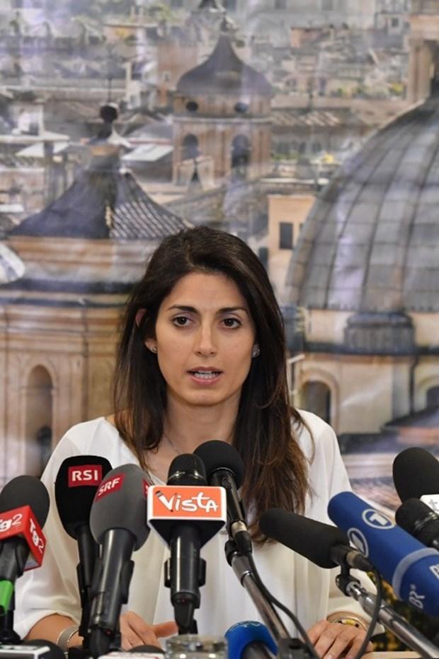 """Roma'ya """"beş yıldız""""lı belediye başkanı galerisi resim 19"""