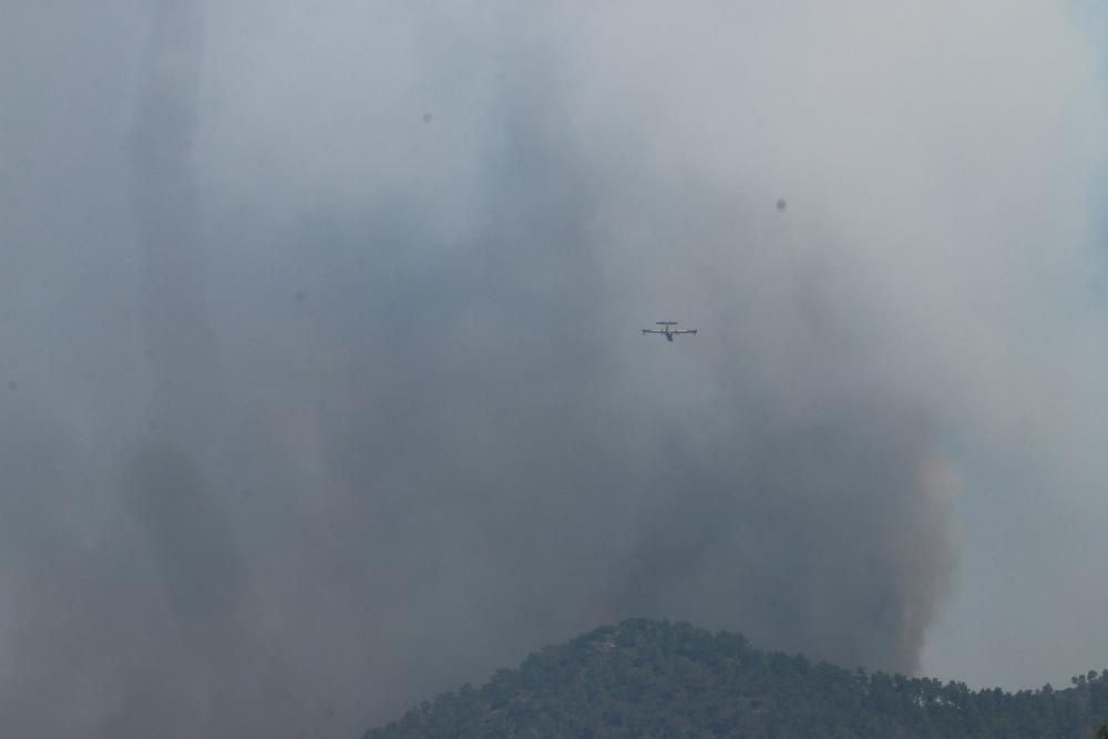 Yangın 2 can aldı. İşte Trodos'taki büyük yangından fotoğraflar galerisi resim 12