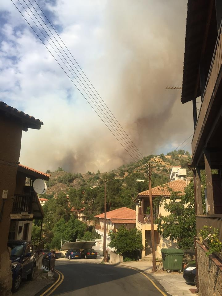 Yangın 2 can aldı. İşte Trodos'taki büyük yangından fotoğraflar galerisi resim 19