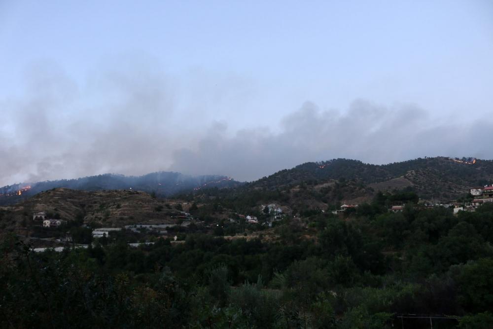 Yangın 2 can aldı. İşte Trodos'taki büyük yangından fotoğraflar galerisi resim 23
