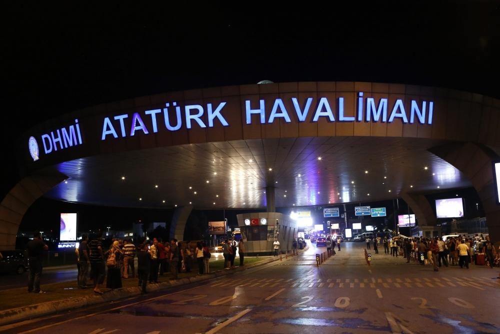 İstanbul Bombalı Saldırının Yayınlanmayan Resimleri galerisi resim 10