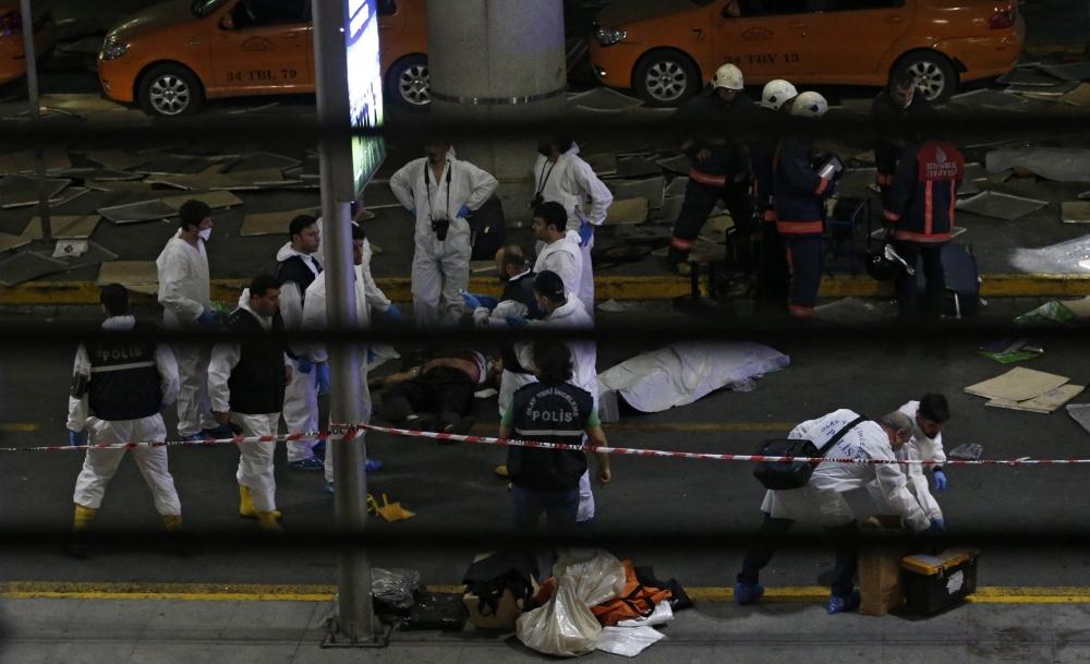 İstanbul Bombalı Saldırının Yayınlanmayan Resimleri galerisi resim 12