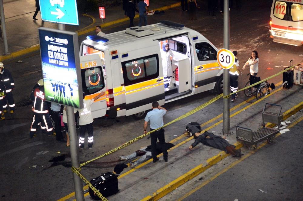 İstanbul Bombalı Saldırının Yayınlanmayan Resimleri galerisi resim 2