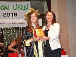 Namık Kemal Lisesi'nde Coşkulu Diploma Töreni ...