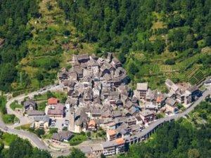 İtalya'nın bu kasabasında çocuk sahibi olana 7 bin TL veriyorlar