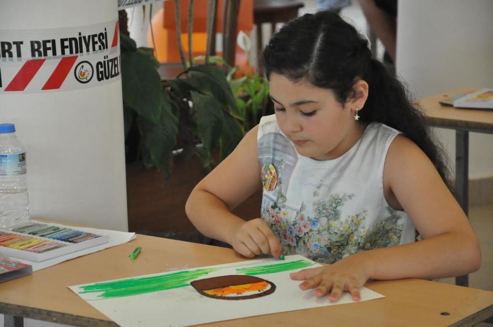 Çocuklar yeteneklerini boyalara döktü galerisi resim 2