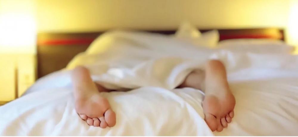 Seksten Sonra Kim Daha Çabuk Uyuyor? Erkekler mi Kadınlar mı? galerisi resim 1