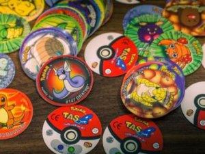 Pokemon kartlarını saklayanlar yaşadı! Her biri servet değerinde