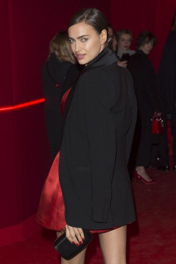 Paris'te kırmızı gece galerisi resim 13