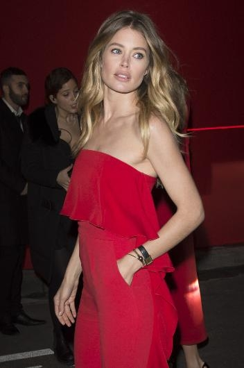 Paris'te kırmızı gece galerisi resim 5