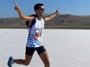 Kıbrıs'lı Atletlerimiz Kürsüde