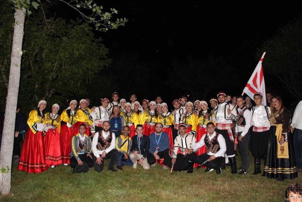 Pergamalı folklor ekibinden Fransa çıkarması! galerisi resim 21
