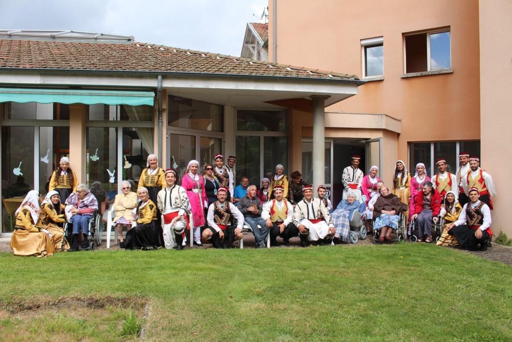 Pergamalı folklor ekibinden Fransa çıkarması! galerisi resim 34