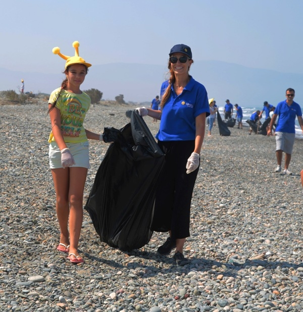 Kuzey Kıbrıs Turkcell'in sahil temizlik etkinliği yapıldı galerisi resim 11
