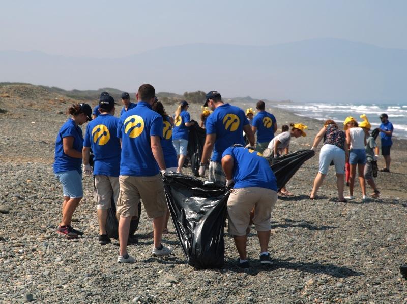 Kuzey Kıbrıs Turkcell'in sahil temizlik etkinliği yapıldı galerisi resim 12