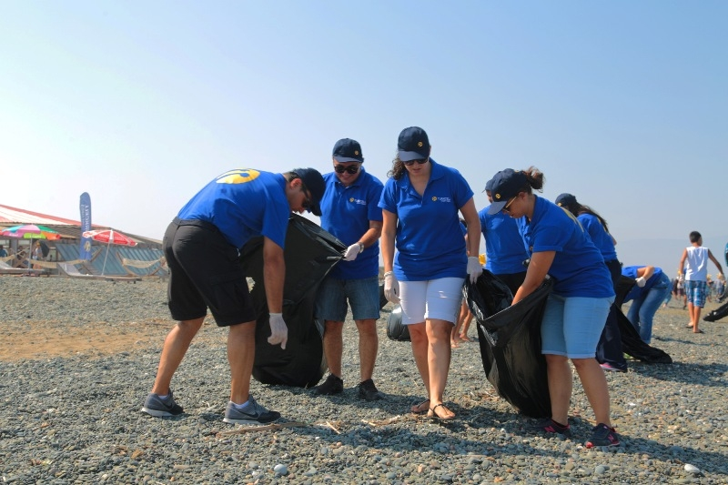 Kuzey Kıbrıs Turkcell'in sahil temizlik etkinliği yapıldı galerisi resim 2