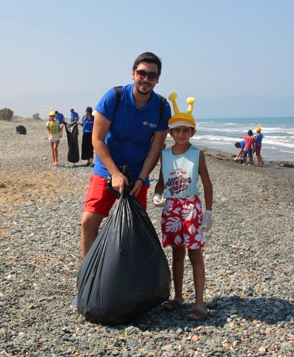 Kuzey Kıbrıs Turkcell'in sahil temizlik etkinliği yapıldı galerisi resim 22