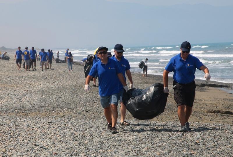 Kuzey Kıbrıs Turkcell'in sahil temizlik etkinliği yapıldı galerisi resim 24
