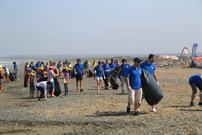 Kuzey Kıbrıs Turkcell'in sahil temizlik etkinliği yapıldı galerisi resim 4
