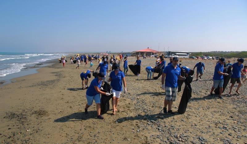 Kuzey Kıbrıs Turkcell'in sahil temizlik etkinliği yapıldı galerisi resim 5