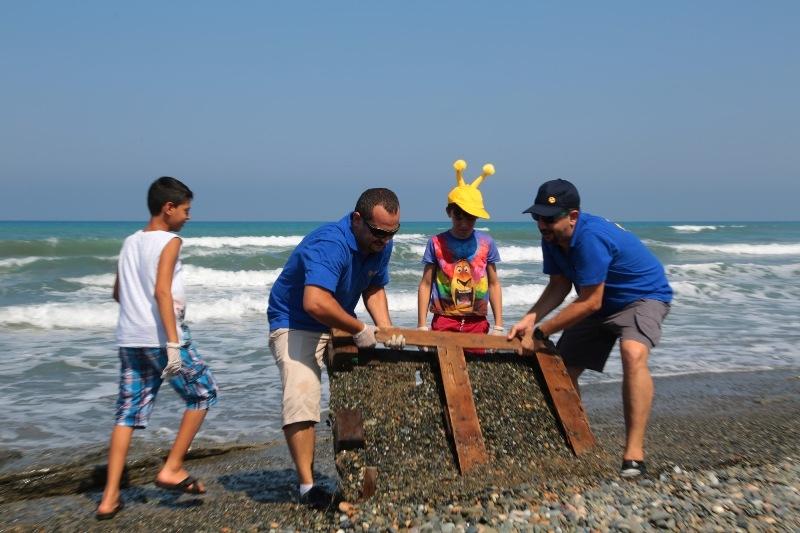 Kuzey Kıbrıs Turkcell'in sahil temizlik etkinliği yapıldı galerisi resim 9