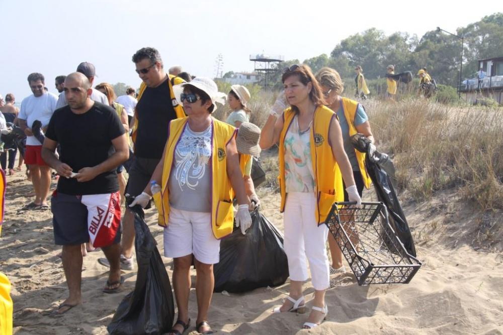 İskele' de, sahil temizlik çalışması yapıldı galerisi resim 8
