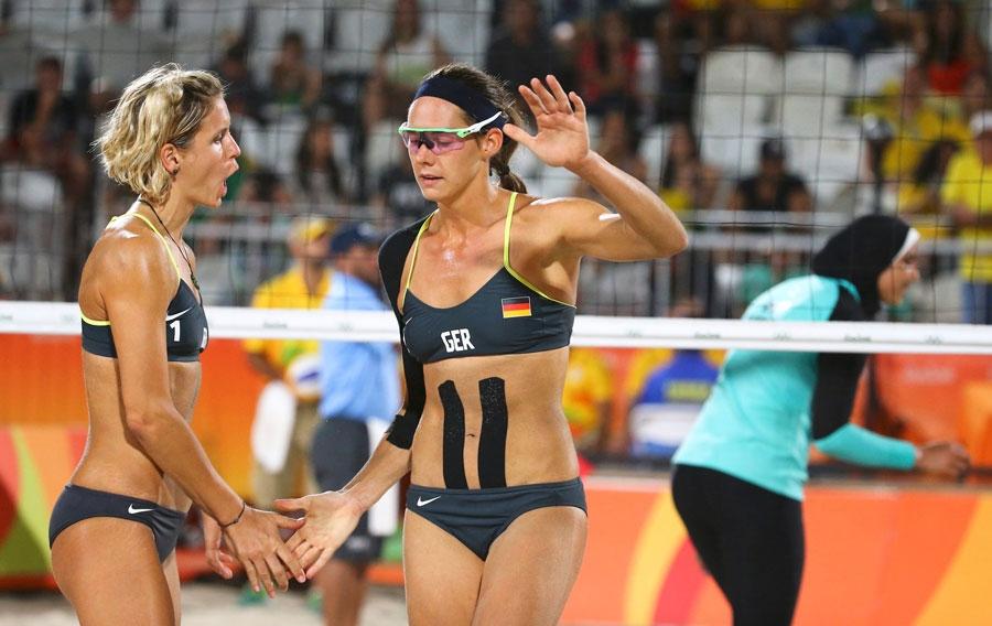 Olimpiyatlara kıyafetleri ile damga vurdular galerisi resim 8