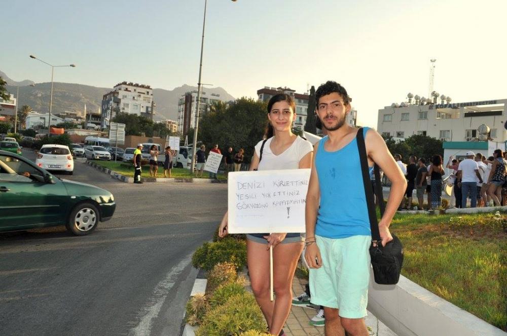 Girne'de Emirname Eyleminden Yaratıcı Pankartlar galerisi resim 8