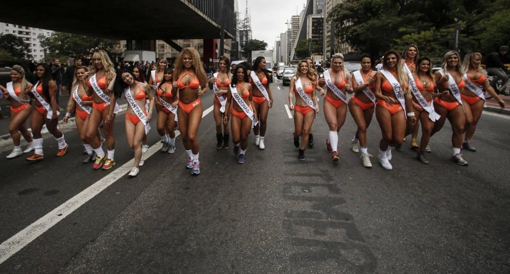 Brezilya'da en güzel kalçalı kadın yarışması galerisi resim 10