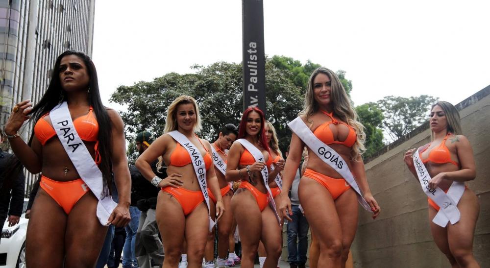 Brezilya'da en güzel kalçalı kadın yarışması galerisi resim 20