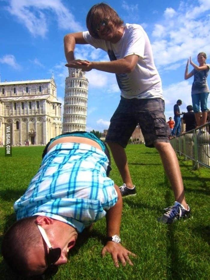 """Yaratıcı """"Pisa Kulesi"""" pozları! galerisi resim 5"""