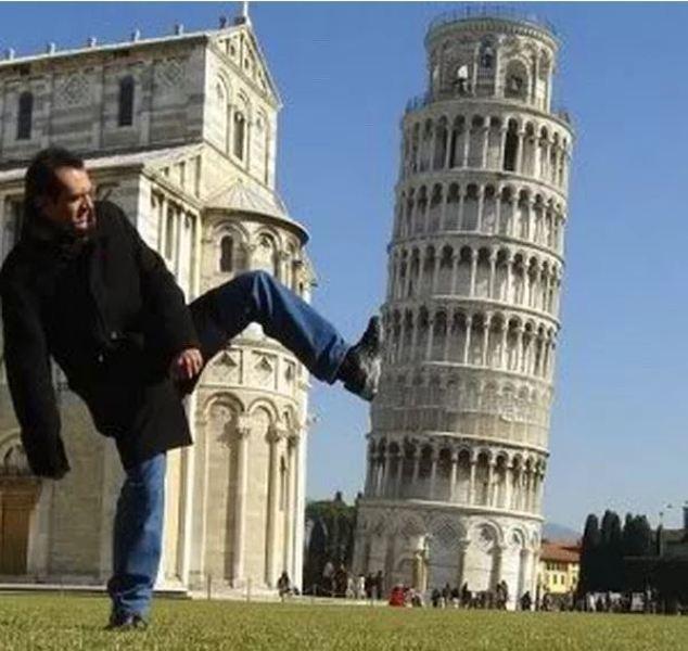 """Yaratıcı """"Pisa Kulesi"""" pozları! galerisi resim 7"""