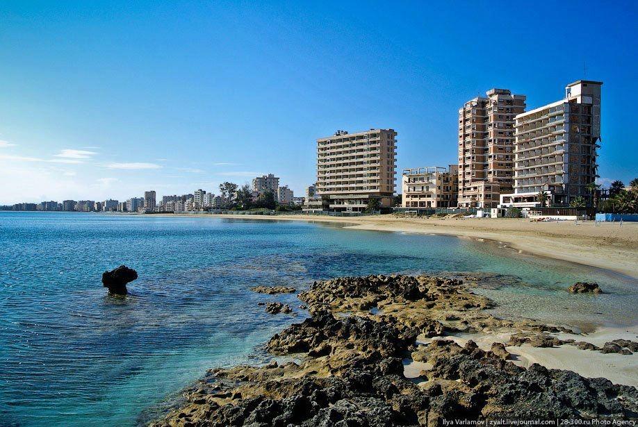 Kıbrıs'ın Hayalet Şehri Kapalı Maraş'ın 23 Fotoğrafta Hikayesi galerisi resim 1