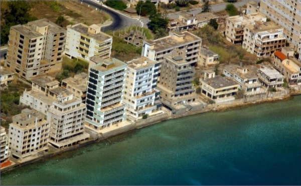 Kıbrıs'ın Hayalet Şehri Kapalı Maraş'ın 23 Fotoğrafta Hikayesi galerisi resim 14