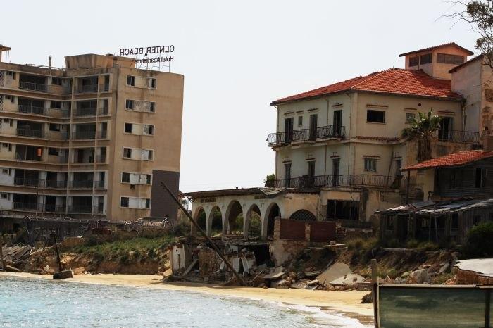 Kıbrıs'ın Hayalet Şehri Kapalı Maraş'ın 23 Fotoğrafta Hikayesi galerisi resim 9