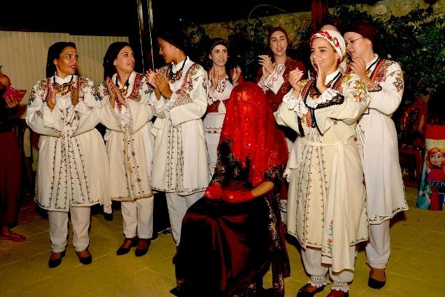 TUFAD'dan Kıbrıs tüten bir kına gecesi galerisi resim 10