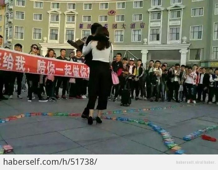 Sevgilisine 999 prezervatifle evlenme teklifi eden genç! galerisi resim 5