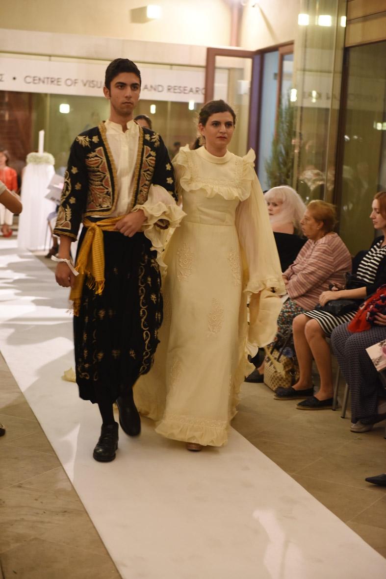 İşte Kıbrıs gelinlik kültürünün 200 yıllık değişimi! galerisi resim 5